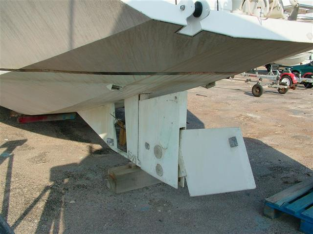 Alloy yacht for survey